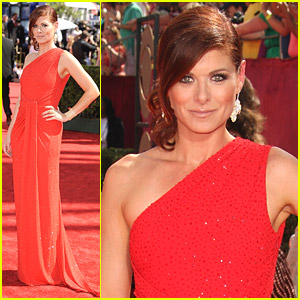 Debra Messing - Emmy Awards 2009