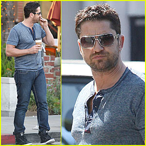 Gerard Butler: Reebok Hightops Hottie