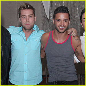Lance Bass Gets Britney Spears Lap Dance