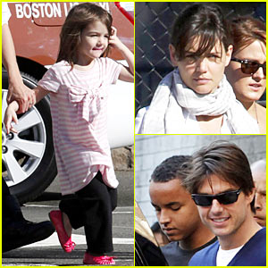 Suri Cruise: Hello Kitty Cutie