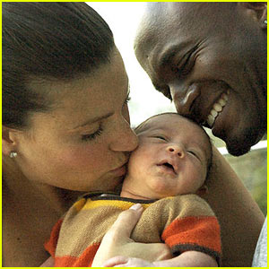 Walker Diggs: First Pic of Idina Menzel's Son!