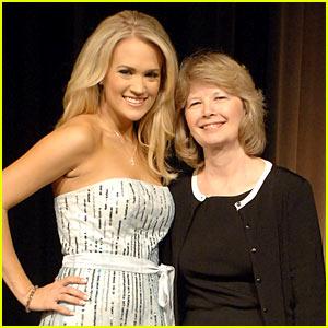 Carrie Underwood: 'Mama's Song' Lyrics!