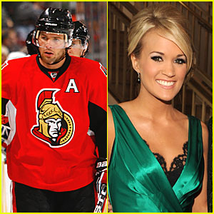 Mike Fisher Sings for Carrie Underwood