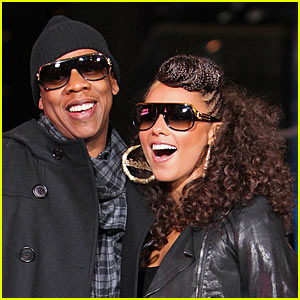 Jay-Z & Alicia Keys - 'Empire State Of Mind' Music Video