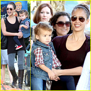Jessica Alba & Honor Pumpkin Patch Things Up