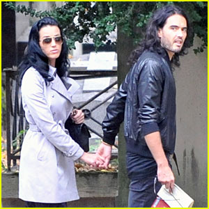 Katy Perry & Russell Brand: Holding Hands!
