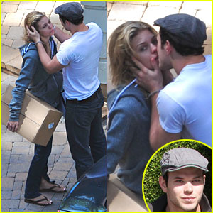 Kellan Lutz & AnnaLynne McCord Caught Kissing