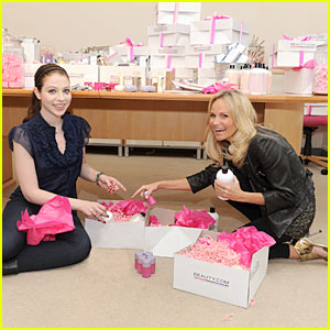 Kristin Chenoweth & Michelle Trachtenberg: Beauty Baskets!