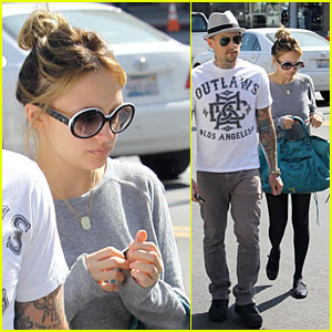 Nicole Richie: Car Accident Caused By Paparazzi