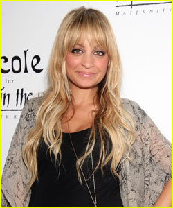 Nicole Richie's New Fashion Line: Winter Kate!