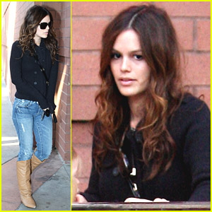 Rachel Bilson Has Family Fun