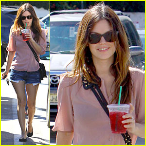 Rachel Bilson: Passion Tea Time!