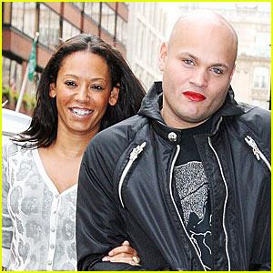 Stephen Belafonte Wears Mel B's Lipstick!