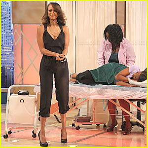 Tyra Banks: First Televised Colonic!