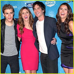 'Vampire Diaries' Cast Scream!!!! And Laugh...