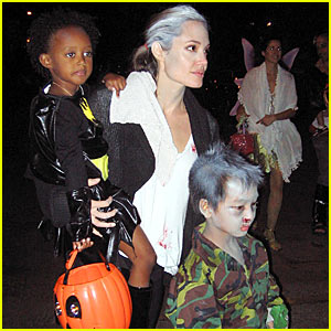 Angelina Jolie: Trick-or-Treating with the Kids!