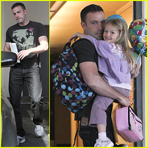 Ben Affleck & Violet: Balloon Bunch