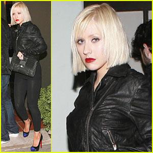Christina Aguilera: Short Blonde Bob!