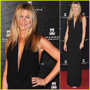 Jennifer Aniston: Thanksgiving Day in Morocco!