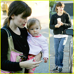 Jennifer Garner, Seraphina & Violet Have An L.A. Lunch