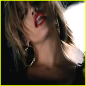Jennifer Lopez: 'Fresh Out The Oven' Music Video!