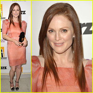 Julianne Moore: 2009 Hollywood Awards
