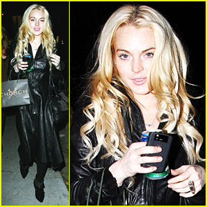 Lindsay Lohan Goes To Church