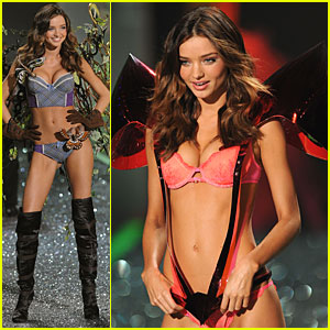 Miranda Kerr -- Victoria's Secret Fashion Show 2009