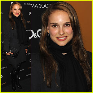 Natalie Portman & Amber Rose Check Out New Moon