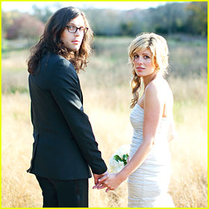Nathan Followill & Jessie Baylin: Wedding Pictures!