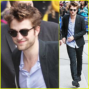 Robert Pattinson: Swine Flu Scare?