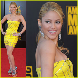 Shakira - AMAs 2009 Red Carpet
