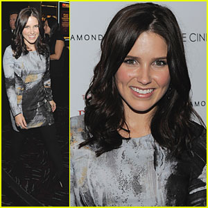 Sophia Bush is 'Private Lives' Lovely