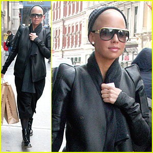 Amber Rose is a Soho Shopper