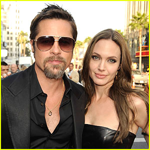 Angelina Jolie and Brad Pitt Spread Holiday Cheer!