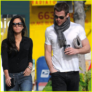 Chris Pine & Olivia Munn: Coffee Date