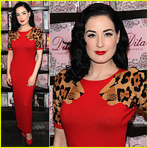 Dita Von Teese: Jaguar Shoulders!
