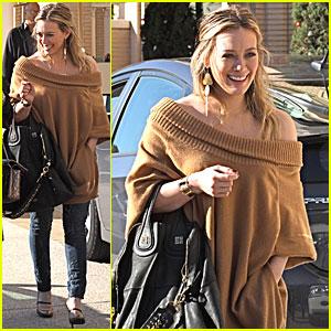Hilary Duff is a Sunny Shopper