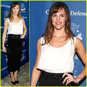 Jennifer Garner Beats The Odds Again
