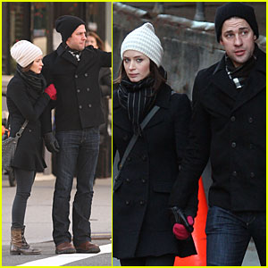 John Krasinski & Emily Blunt Bundle Up
