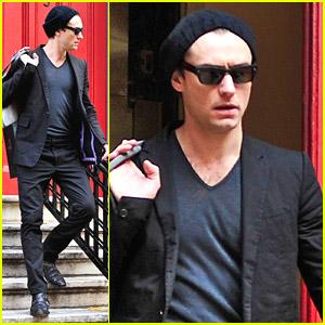 Jude Law Walks Around The West Village