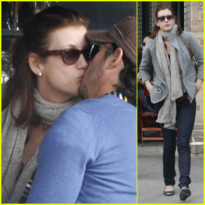 Kate Walsh Catches A Kiss