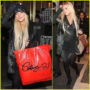 Lindsay Lohan: Century 21 Shopping Spree
