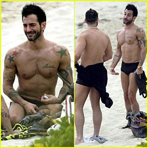 Marc Jacobs: Shirtless Christmas Eve with Lorenzo!