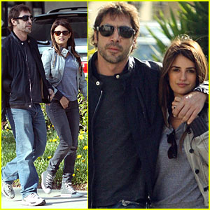 Penelope Cruz & Javier Bardem are Strolling in Sunglasses