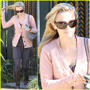 Reese Witherspoon Lets Loose