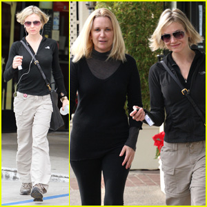 Renee Zellweger: Quality Time With Brad's Mom