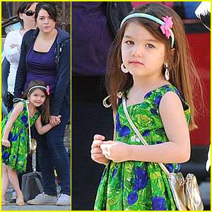 Suri & Isabella Cruise Visit Tom On Set