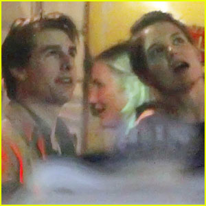 Tom Cruise & Katie Holmes: Sevilla Celebration!
