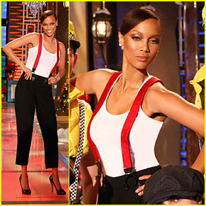Tyra Banks Rocks Larry King's Suspenders
